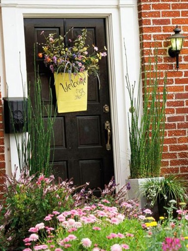 39 Easy Ways to Boost the Curb Appeal of Your House