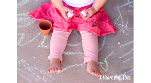 Homemade Sidewalk Chalk – A Fun and Easy Kids' Craft!