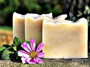 How to Make Honey & Dandelion Soap