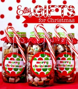 10 Homemade Gifts In a Jar From Your Kitchen