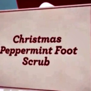 How to Make a Peppermint Foot Scrub