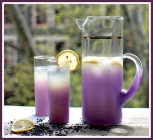 How to Make Refreshing Lavender Lemonade