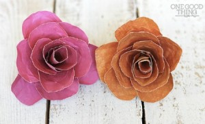 How to Make Pretty Paper Flowers