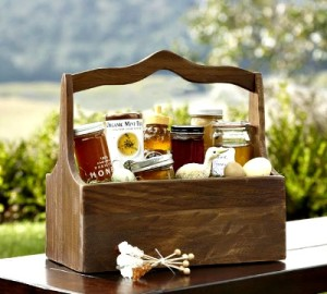 Gift Basket Ideas From the Home and Homestead