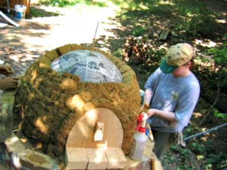 How to Build an Earth Oven