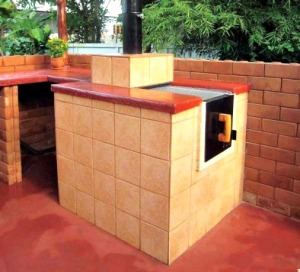An All-in-One DIY Outdoor Oven, Stove, Grill and Smoker