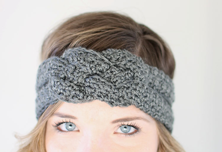 Crochet Headband Pattern with Sailor Knot Detail  Tutorial